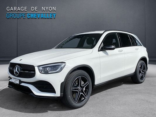 MERCEDES-BENZ GLC 200 AMG Line 4Matic