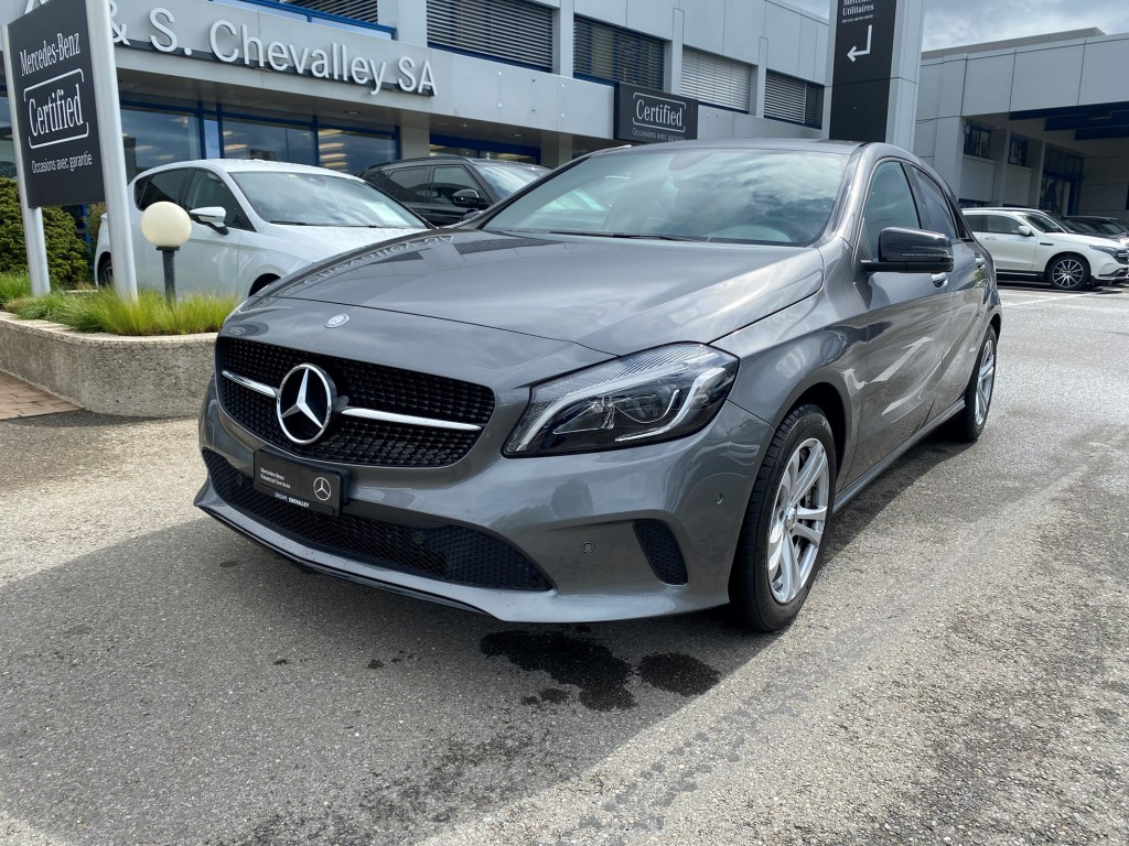 MERCEDES-BENZ A 200 Night Star