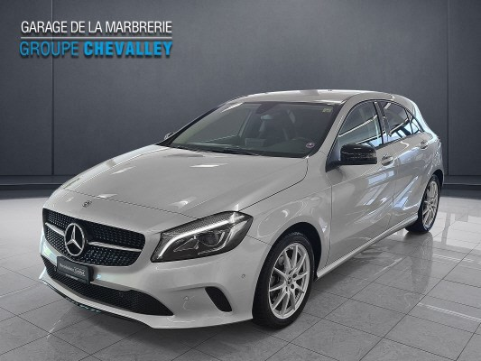 MERCEDES-BENZ A 180 Night Star