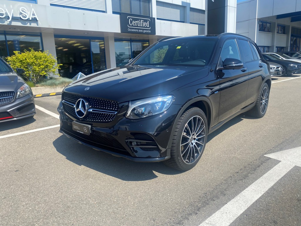 MERCEDES-BENZ GLC 350 e AMG Line 4Matic