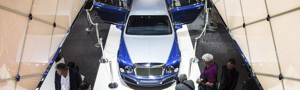 Stand Bentley – Salon de Genève 2016