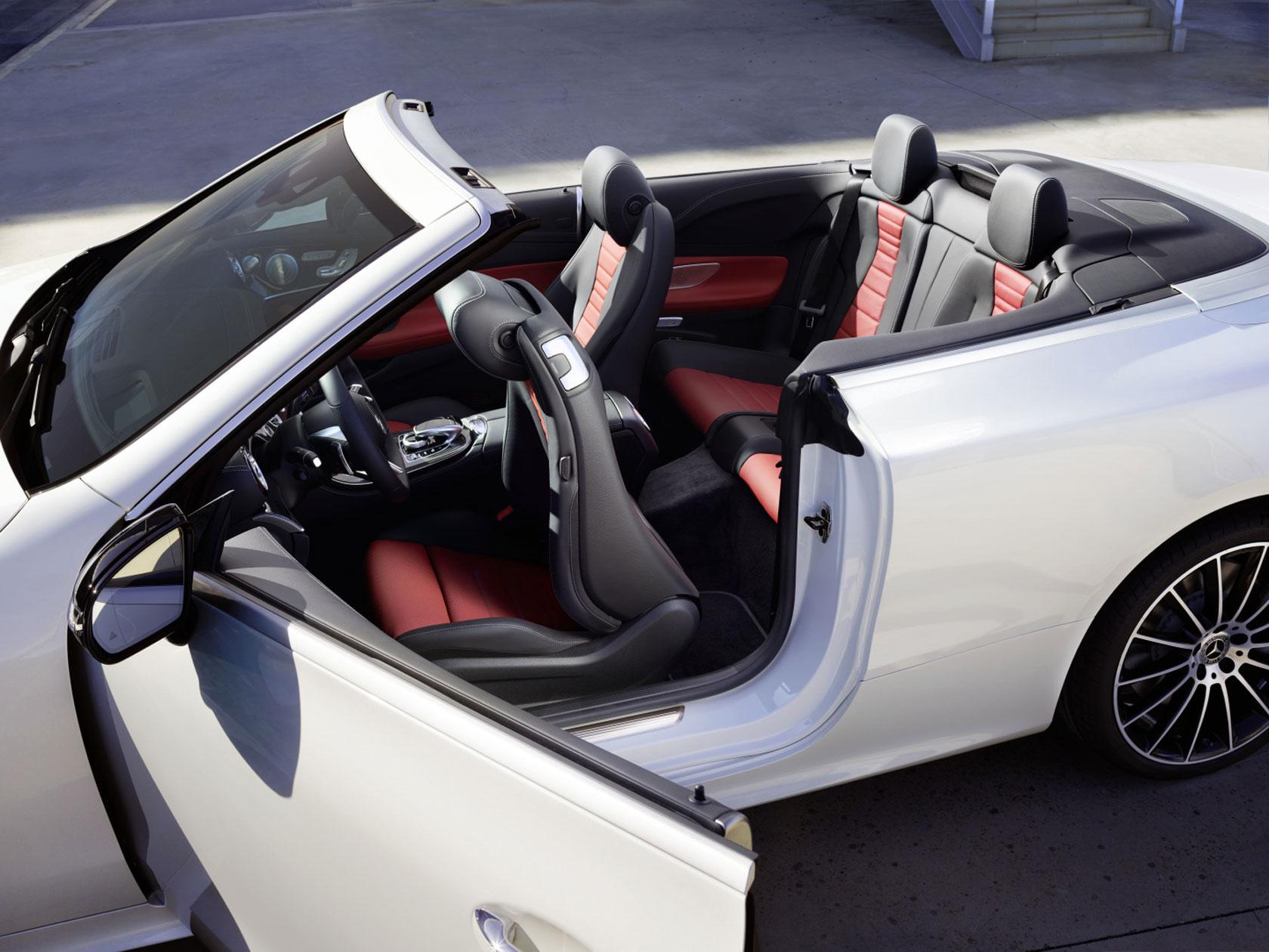 Appréciez l'été tout au long de l'année avec la Classe E Cabriolet