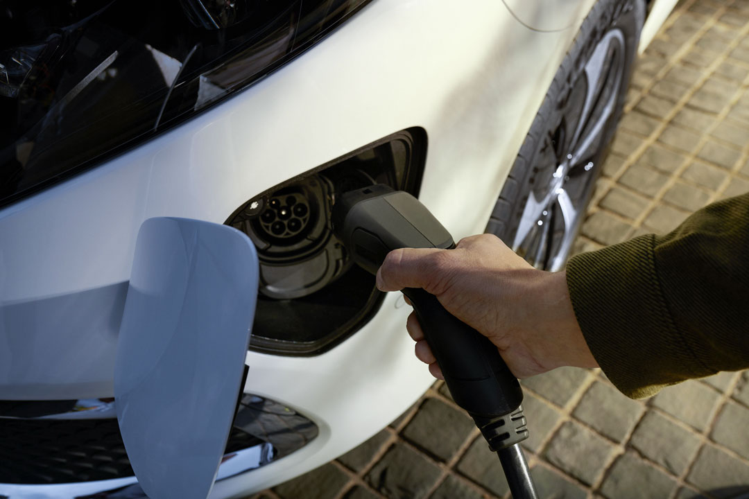 L' EQV. La mobilité électrique par Mercedes-Benz